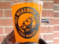 Werewolf Café Pint Glass